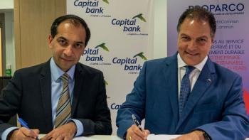 Photo Signature Capital Bank