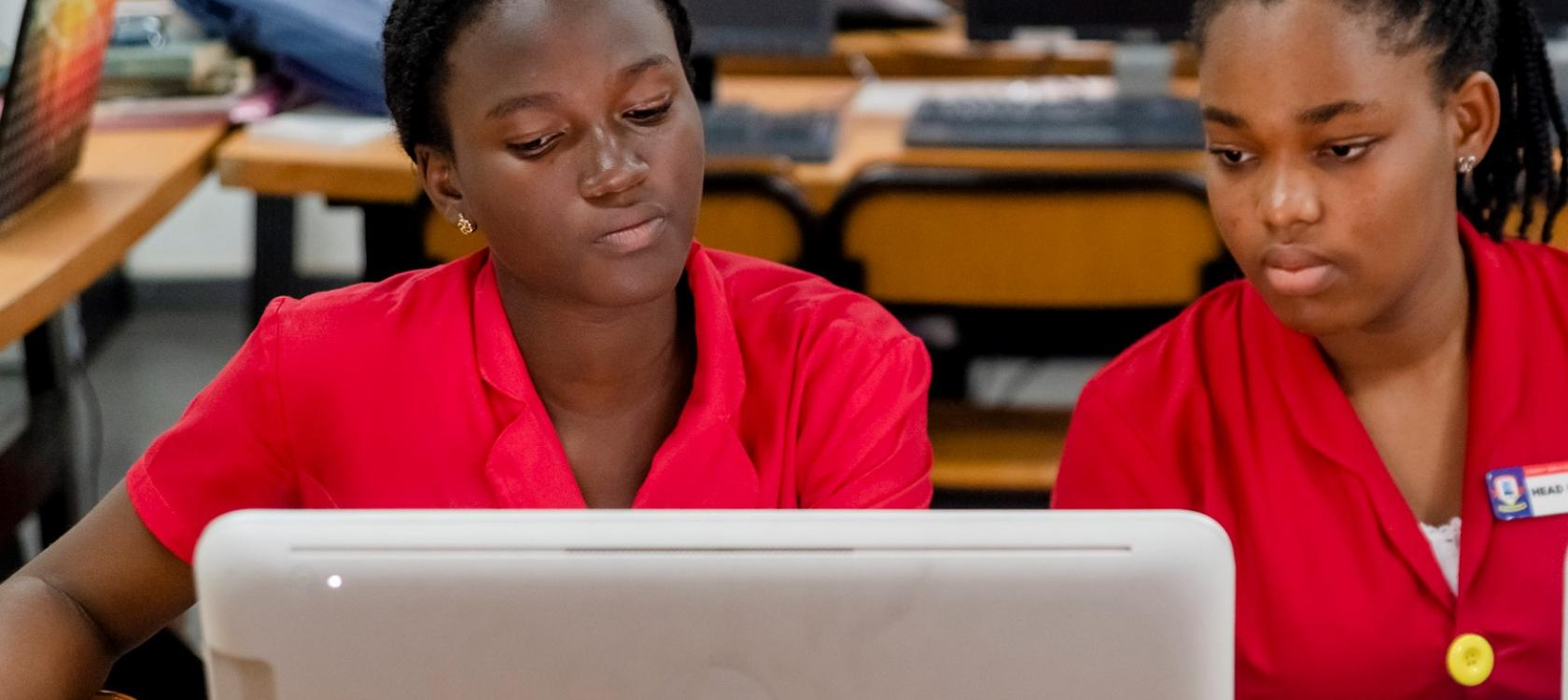 Ghana - Education Collegiennes-Legacy Girls