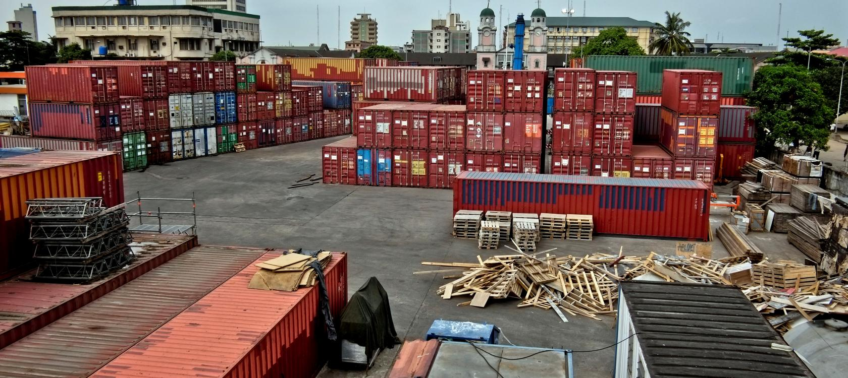 Port Lagos - containers